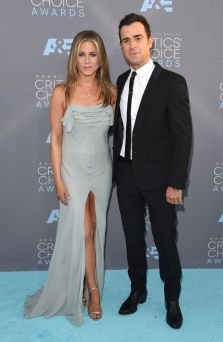 jenifer-aniston-justin-theroux-critics-choice-2016-h724