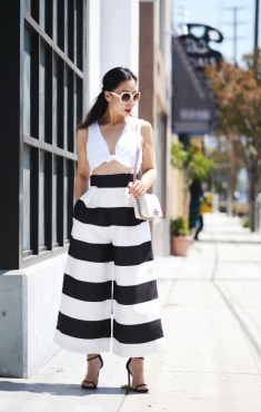 halliedailysummer-staple-cropped-tie-front-top-striped-wide-leg-pants-white-sunglasses-high-heeled-sandals-chanel-white-boy-bag-2