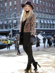 street-style-animal-print-coat